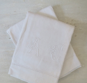 Fine Pair Linen Sheet monogrammed `AC` - picture 3