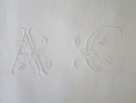 Fine Pair Linen Sheet monogrammed `AC` - picture 4