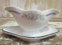 Heavy French White Sauce Boat circa 1900 - picture 1