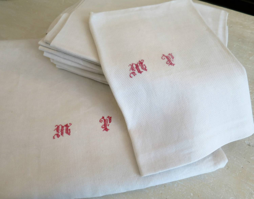 Large Linen Table Cloth and Napkins