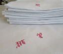 Large Linen Table Cloth and Napkins - picture 3