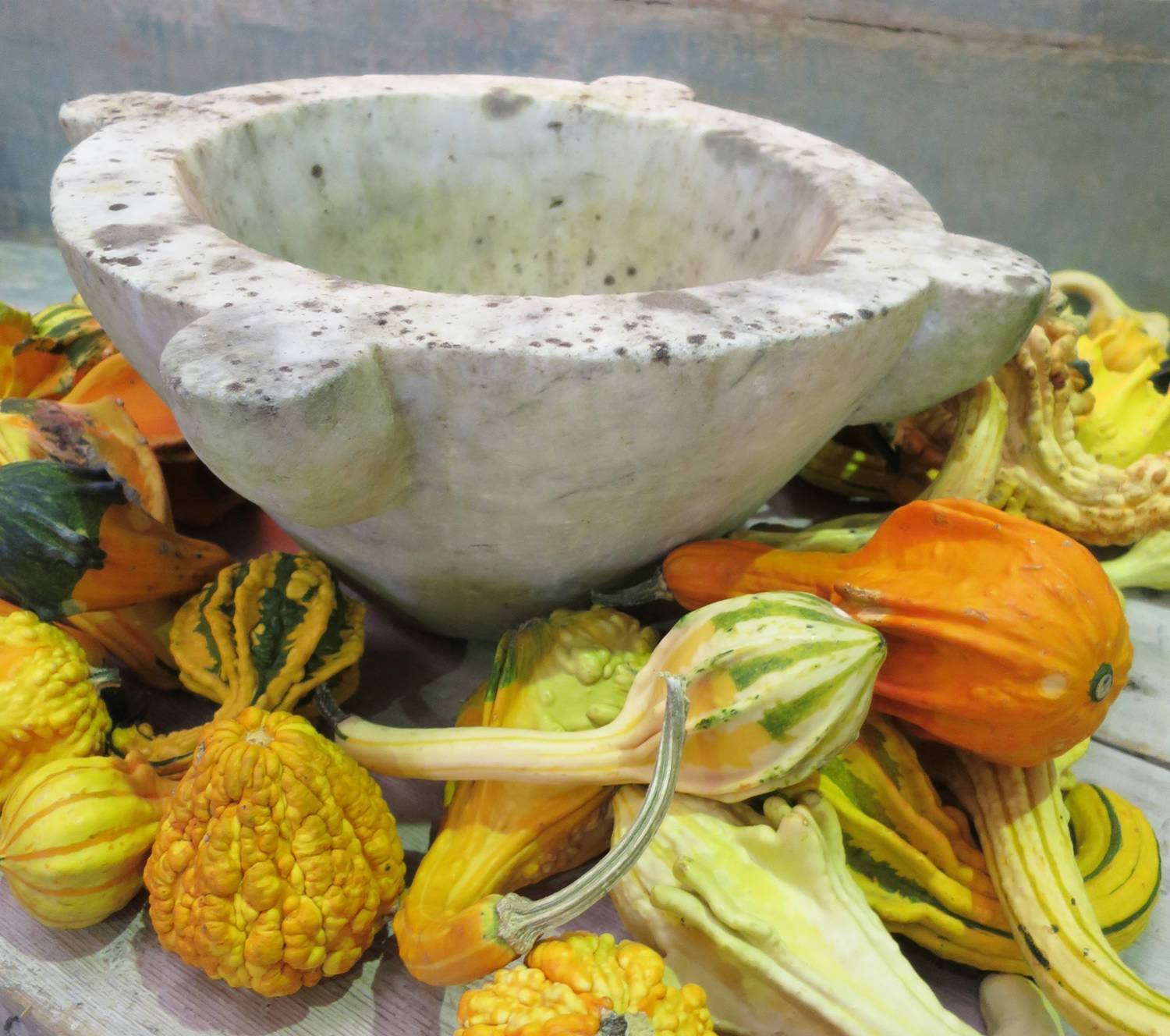 18th century white Marble Mortar & Pestle
