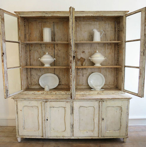 18th century French Cream Dresser