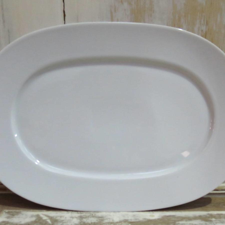 Simple white porcelain Oval Serving Plate