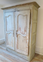 18th c French Armoire - picture 2