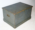 19th c English Painted pine Blanket Box - picture 2