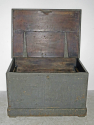 19th c English Painted pine Blanket Box - picture 4