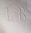 Collection of White Linen Napkins - picture 3