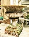 Pair of 19th century Cast Iron antique urns - picture 1