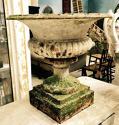 Pair of 19th century Cast Iron antique urns - picture 3