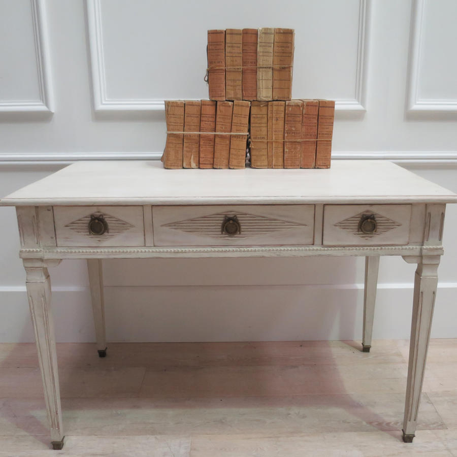 Pretty early 20th century Swedish Writing Table