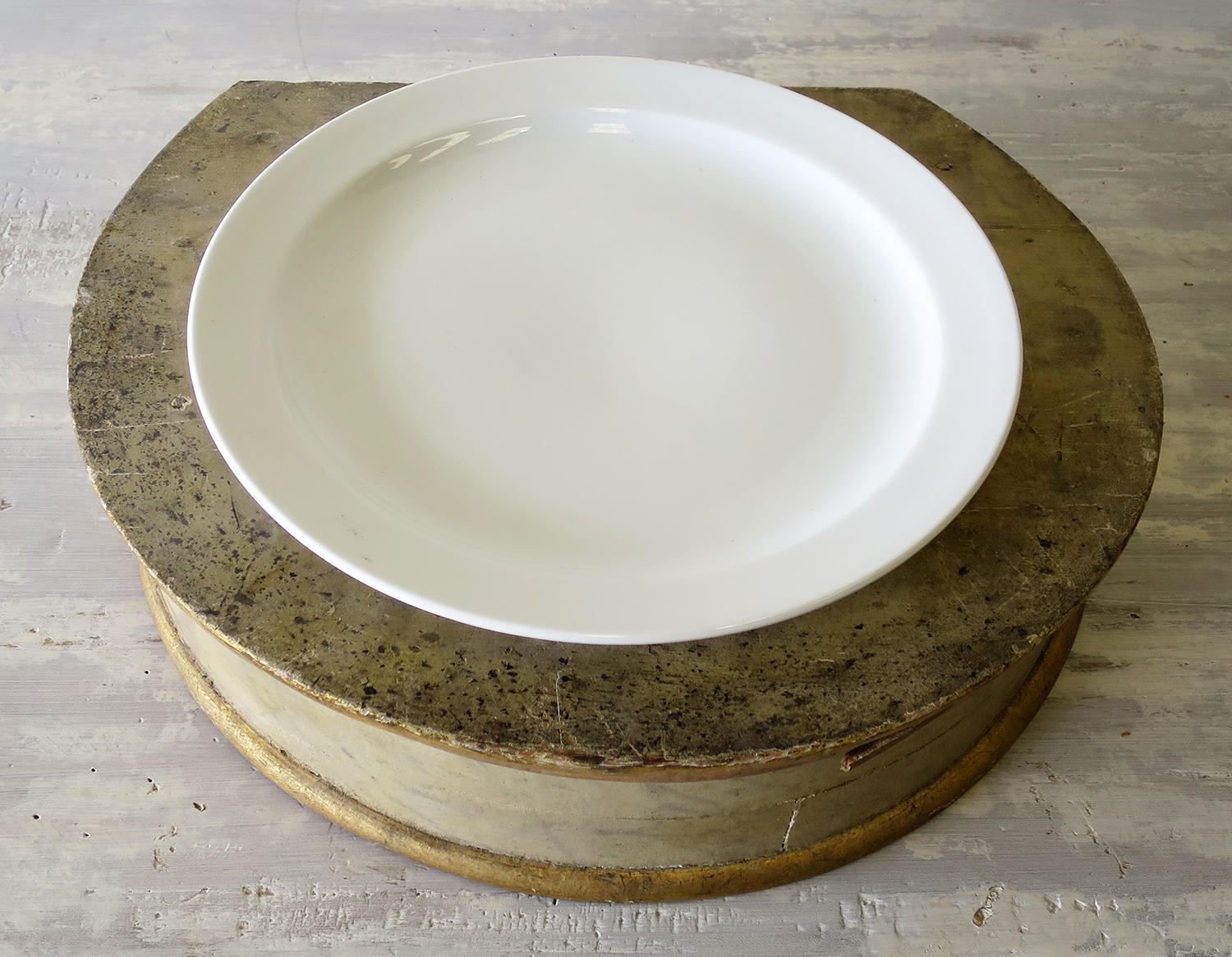 French white porcelain Flat Round Plate - circa 1920