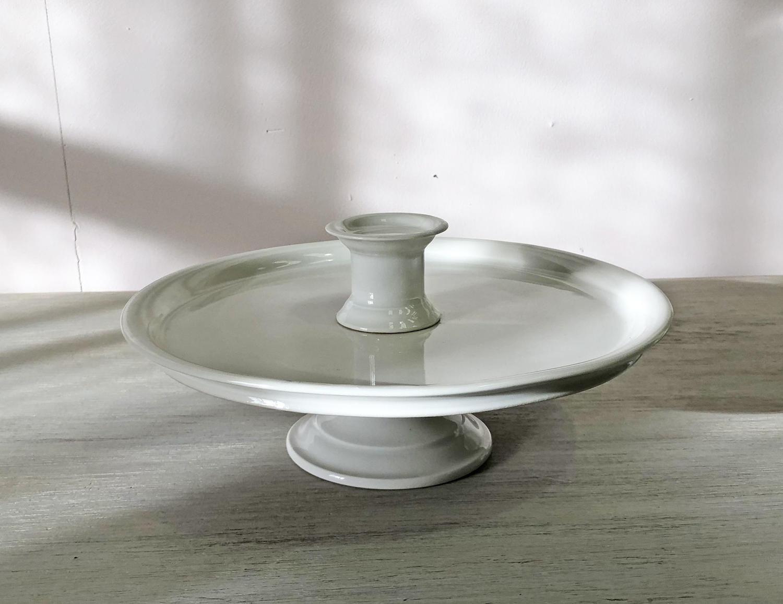 Medium 'Porcelaine de Paris' Raised Plate - circa 1880