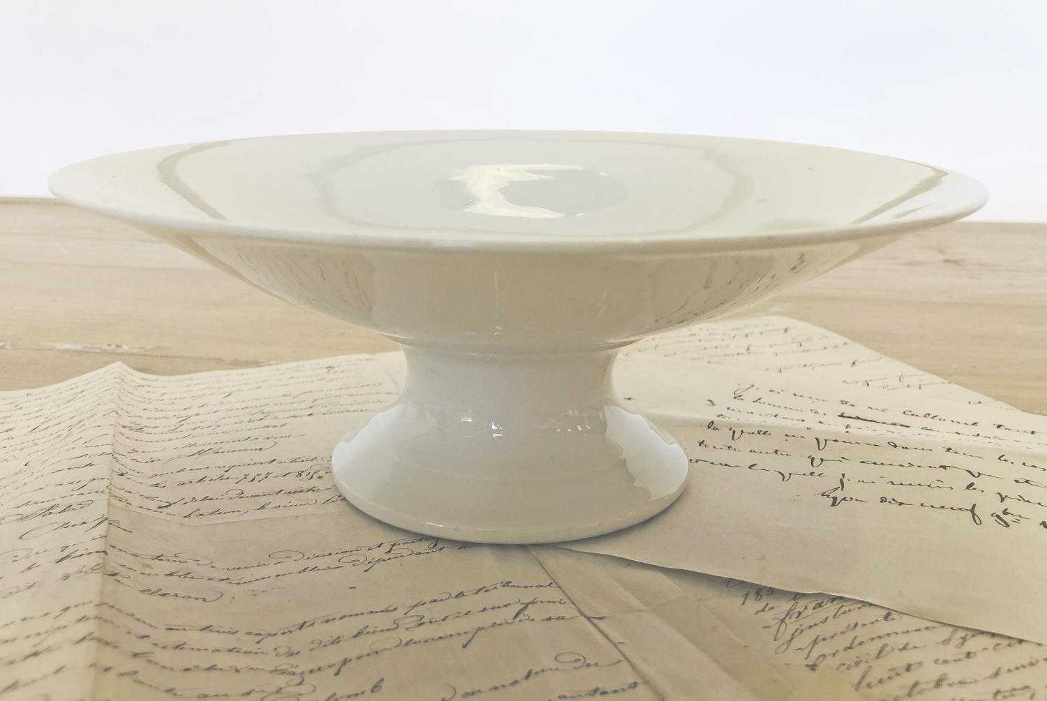 White porcelain French high raised Fruit Bowl - circa 1920