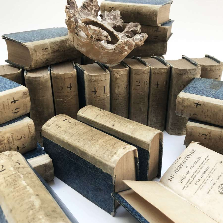 Set of 29 charming small French Books - printed 1824